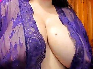 Leann amateur elegant shadowy relating to big boobs